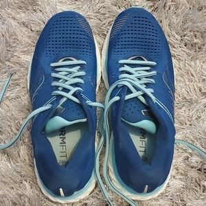 Saucony Running shoe Form Fit